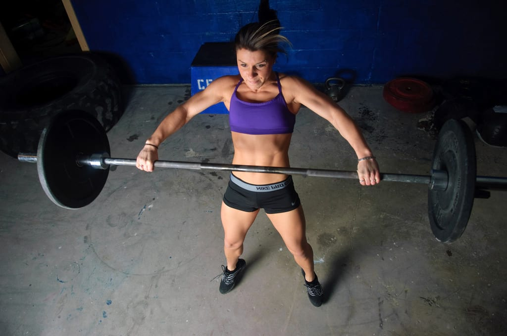 image of girl performing crossfit